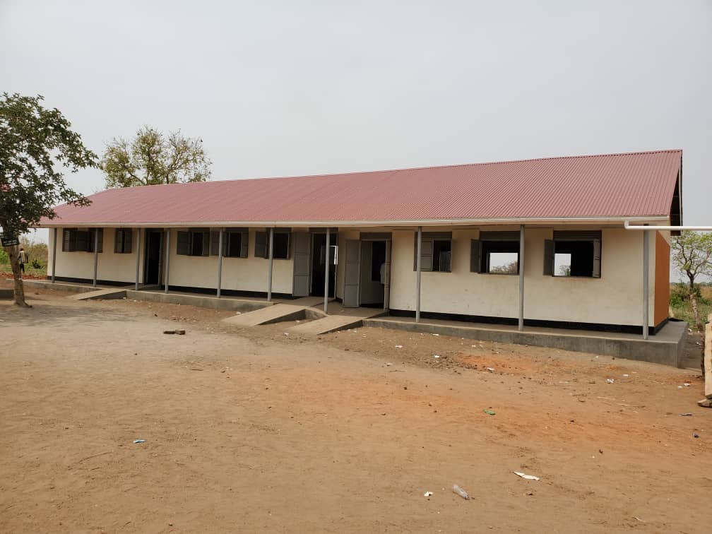 Abgeschlossener Bau der Klassenräume, April 2020